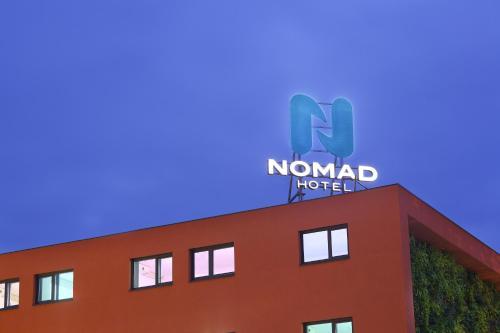 Nomad Paris Roissy CDG