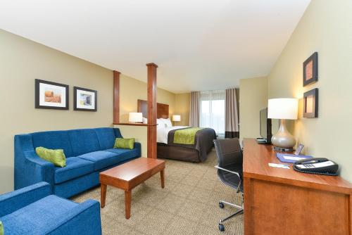 Comfort Inn & Suites West - Medical Center - Rochester, MN 55901