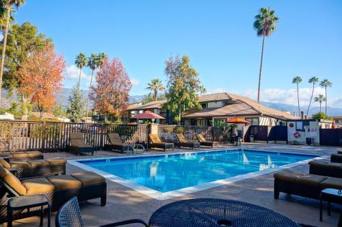 Hummingbird Inn - Ojai, CA 93023