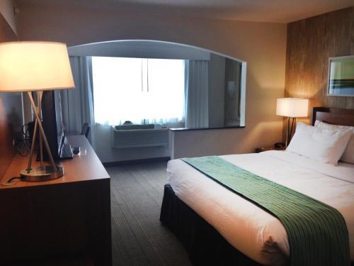 Holiday Inn Express & Suites Fraser - Winter Park Area - Fraser, CO 80442