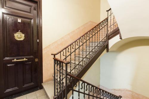 Always Barcelona Apartments - Montjuic photo 14
