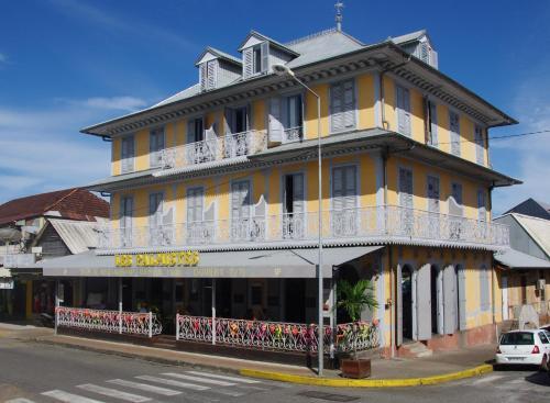 . Hôtel des Palmistes