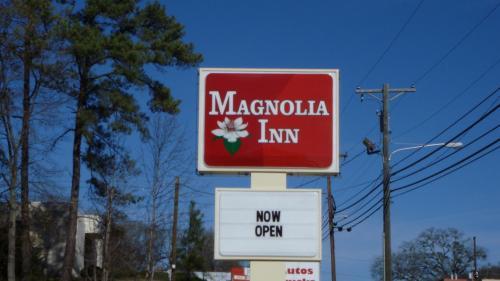 . Magnolia Inn Laurens
