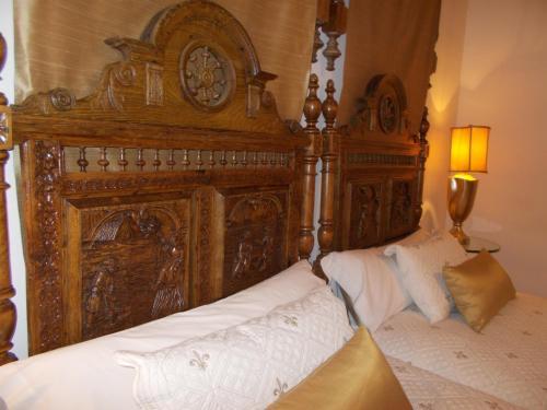 Habitación Doble con cama supletoria  Hotel Boutique Nueve Leyendas 43