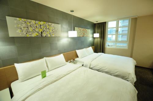 . Kindness Hotel - Sandou II