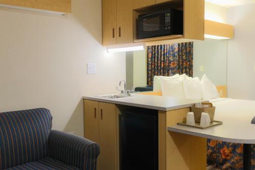 Microtel Inn & Suites By Wyndham Conyers Atlanta Area - Conyers, GA 30094