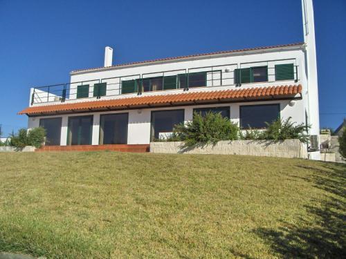 Monica Lisbon Rentals - Vista Villa