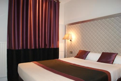 Hotel d'Amiens photo 13