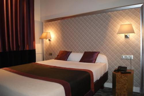 Hotel d'Amiens photo 14