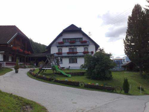 Ferienwohnungen Bacherhof - Apartment - St. Michael im Lungau