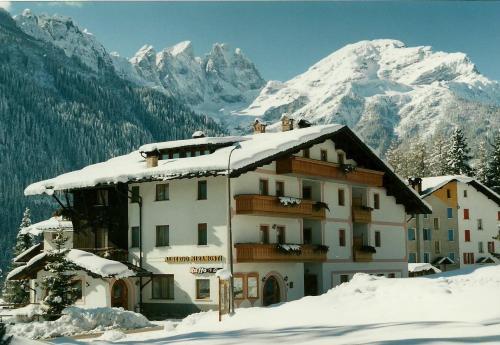 Hotel Garnì Miramonti Falcade