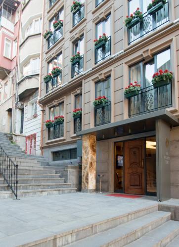 GK Regency Suites Hotel