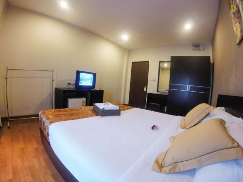 Khaosan Park Resort photo 11