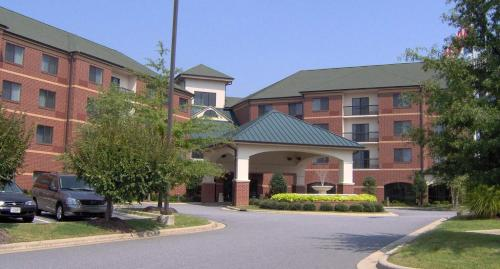 Courtyard by Marriott Hickory - Hotel