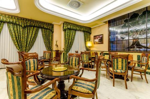 Hotel Infanta Cristina 32