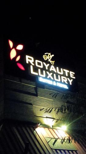 Hotel Royaute Luxury - Suites & Hotel, Lahore