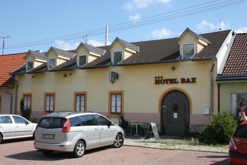 . Hotel Bax
