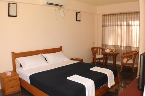 EFR Seconda Casa Beach Resort, Bassein