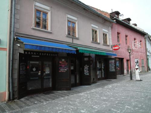 . Apartments and Suites Kremnica