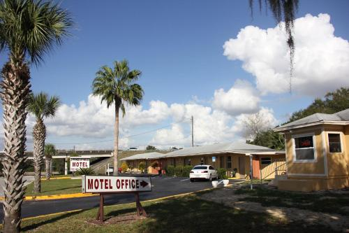 Prince Of Wales Motel