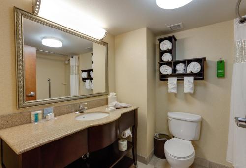 Hampton Inn & Suites - Cape Coral/Fort Myers Area Fl - Cape Coral, FL 33904