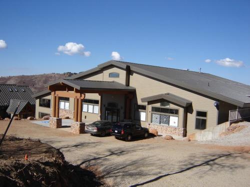 Powder Ridge Village, a VRI resort - Apartment - Powder Mountain West