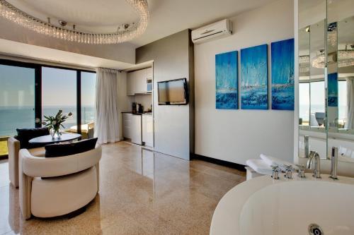 Atlantic Gold Роскошный двухместный номер с 1 кроватью и видом на море -