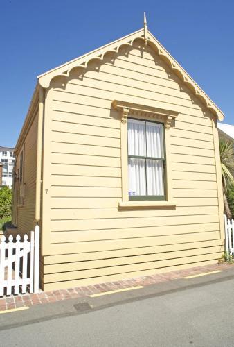 Wellington City Cottages - Accommodation - Wellington