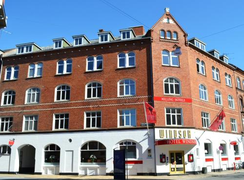 Milling  Windsor, Pension in Odense