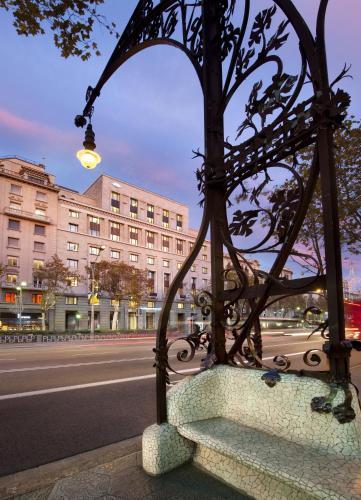 Passeig de Gràcia, 38 - 40, Barcelona, 08007, Spain.