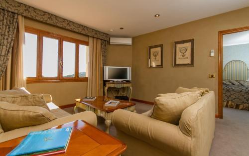Suite con terraza Boutique Hotel La Madrugada 8