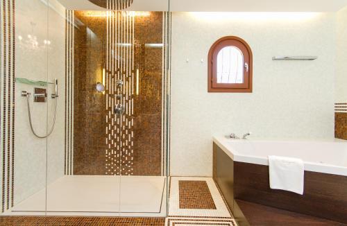Suite con terraza Boutique Hotel La Madrugada 10