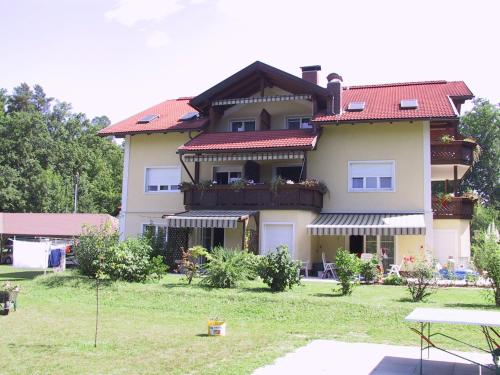 Appartements Habich, Pension in Krumpendorf am Wörthersee