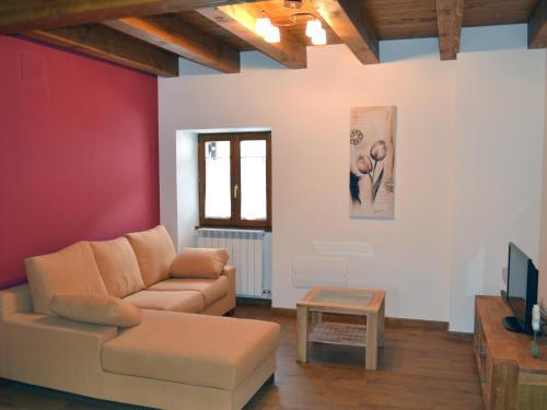 Alojamientos Rurales Apezarena - Apartment - Izalzu