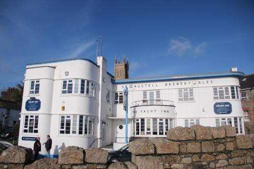 The Yacht Inn picture 1 of 39