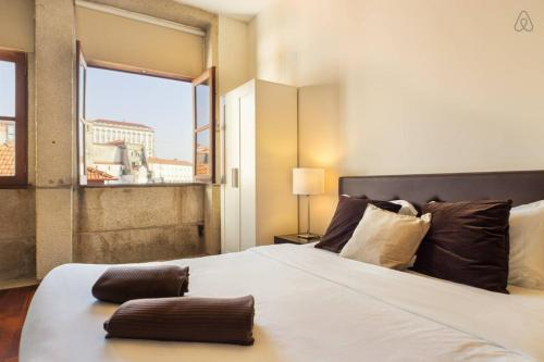 Low Cost Tourist Apartments - Palacio da Bolsa