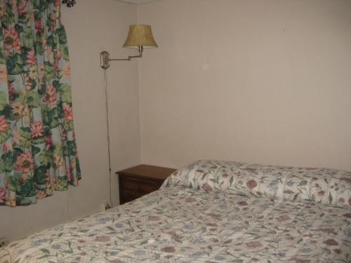 Sunrise Motel - Naples, FL 34112