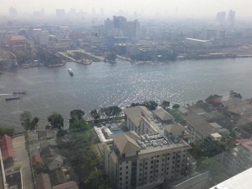Baan Sathorn Riverfront photo 12