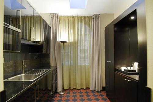 London City Suites photo 31