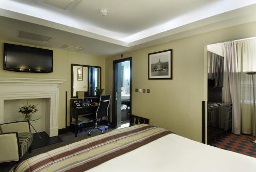 London City Suites photo 32