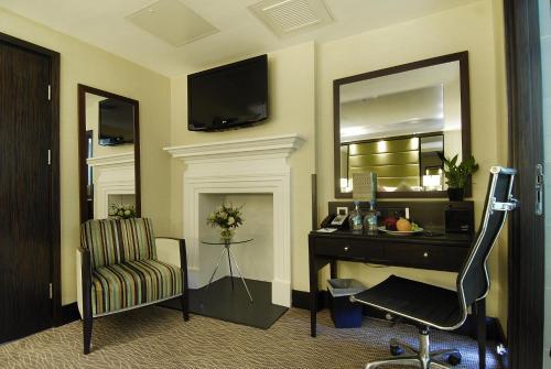London City Suites photo 35