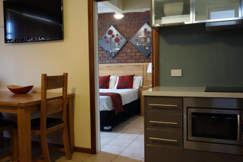 Hotel Glenelg Gateway Apartments