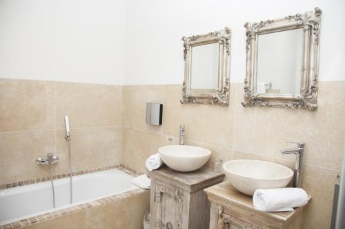 Deluxe Double Room with Sea View - single occupancy Hotel Miba 17