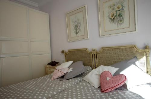 Lets Holidays Centric Apartment in Barcelona impression