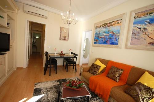 Lets Holidays Centric Apartment in Barcelona photo 19