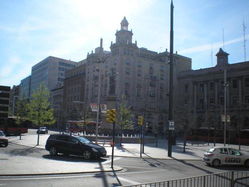 . Apartamentos Plaza España Deluxe