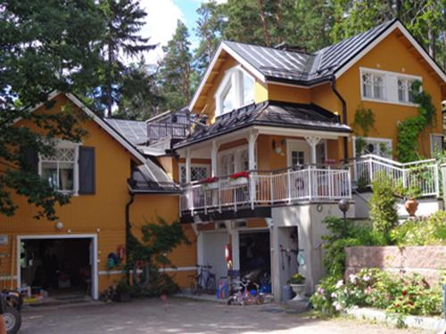 Villa Lövkulla with Sauna