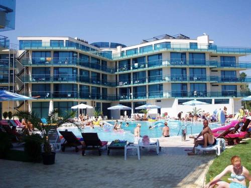 Riviera Blue Hotel