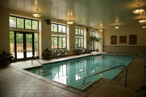 Embassy Suites Hotel Napa Valley - Napa, CA 94559