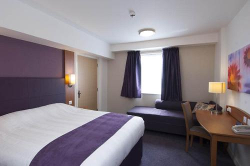 Premier Inn London Kensington Zimmerfotos